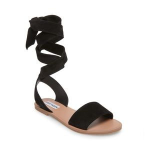 NWT Steve Madden Reputation sandal